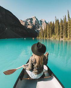 Moraine Lake. Banff, Canada