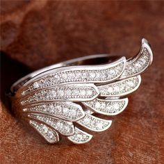 1pc Vivid Wing Shape 1pc 925 sterling silver Nice cubic zirconia Ring Size 6-10
