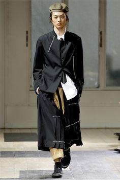 Sfilate uomo Yohji Yamamoto - Primavera Estate 2012 - Collezione - GQ Italia - GQItalia.it