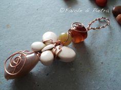 Butterfly AMulet. Amuleto in rame con agata di FavolediPietra, €20.00