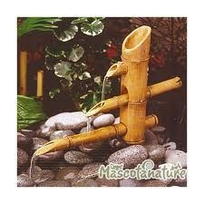 fuentes de agua con bambu - Buscar con Google Bamboo Light, Bamboo Art, Bamboo Crafts, Japanese Garden Ornaments, Homemade Water Fountains, Bamboo Water Fountain, Water Garden Plants, Homer Decor, Bamboo Architecture