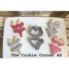 How about some cute under garments? Minis. #victoriassecret #minicookies #customcookies #thecookiecorneraz cutters available @trulymadplastics