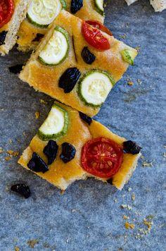 Zucchini and Tomato Focaccia Bread - Give Recipe