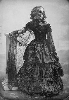 Altered photo, Lady Skeleton