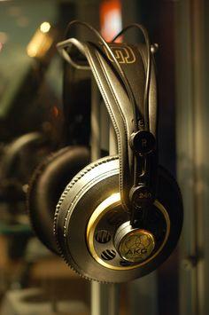 AKG K240 Studio Grade Headphones [Nice pair of phones, I have these]