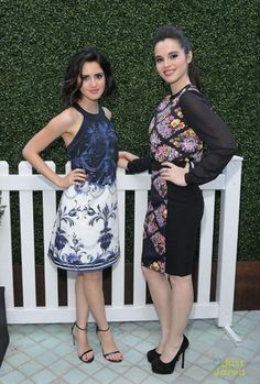 Laura Marano Photos Photos - Actresses Laura Marano (L) and Vanessa Marano attend the Ted Baker London Spring/ Summer 17 Launch Dinner at The Chamberlain on March 2017 in West Hollywood, California. Girl Celebrities, Beautiful Celebrities, Celebs, Vanessa Marano, Laura Marano, Celebrity Siblings, Hot Brunette, Sexy Feet, Amazing Women