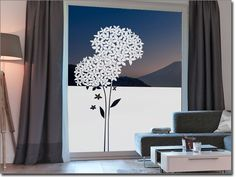Milchglasfolie mit Hortensie als Sichtschutz Decor, House Design, House, Home Decor Decals, Home Decor, Window Coverings, Stained Glass, Glass Design, Window Vinyl