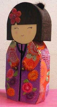 Boîte à bijoux kokeshi.