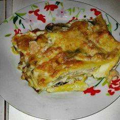Lasagne funghi e salsiccia - Homemade Pizza Polenta, Lasagna, Homemade, Aglio Olio, Cooking, Ethnic Recipes, Mozzarella, Gnocchi, Carne