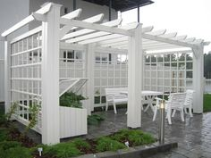 Oma koti onnenpesä: heinäkuu 2011 While historical inside thought, this pergola have been having somewhat Garden Fencing, Garden Trellis, Timber Roof, Pergola Pictures, Home Grown Vegetables, Creation Deco, Entrance Design, Boutique Homes, Pergola Designs