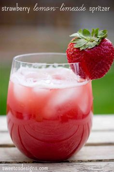 Strawberry lemon-limeade spritzer- the most refreshing drink in summer! Make with sparkling water for the non-alcoholic version or prosecco for a little kick!