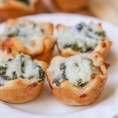 This favorite appetizer is filled with spinach, artichokes, and three different cheeses, all baked into a crescent dough cup. Spinach Dip Bites are a hit every time theyre served at a party or get together! chicken recipes dinners,cooking and recipes New Year's Eve Appetizers, Elegant Appetizers, Appetizer Recipes, Party Appetizers, Appetizer Ideas, Spinach Appetizers, Easter Recipes, Dinner Recipes, Dinner Ideas