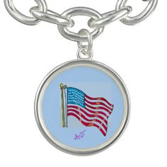 American Flag Silver Round Charm Bracelet by MoonDreams Music #silver #charmbracelet #round #Americanflag #patriotic #4thofJuly #moondreamsmusic