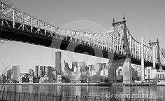 NEW YORK BRIDGE EAST RIVER