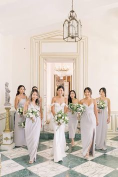 It's only fitting to capture the sweetest moments with your closest girls by your side while you embark on your next chapter. 👰 This frame-worthy photo by @artiesestudios makes for the perfect wedding day memory. 💐   Photography: @artiesestudios #stylemepretty #bridesmaids #bridemaiddresses #bridalparty Cinema Wedding, Mod Wedding, Wedding Ideas, Beautiful Bridesmaid Dresses, Beautiful Bouquets, Classic Wedding Dress, Bridal Show, Designer Wedding Dresses, Bridal Dresses