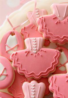 Tutu Cookies, no tutu cutter required!