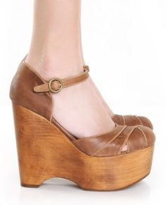 love these jeffrey campbell wedges!