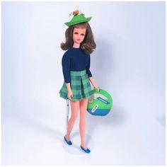 Mod Francie by Mattel - Barbie's Cousin Vintage Barbie Dolls, Mattel Barbie, Earring Hole, Ink Transfer, Bright Lips, Plaid Skirts, Brunette Hair, Cousins, Doll Clothes