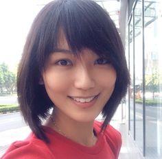 Joanne Peh's short hair.