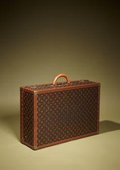LOUIS VUITTON  LV Monogram Vintage XL Alzer Suitcase