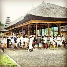 Ceremony at Ulundanu Temple, Bali
