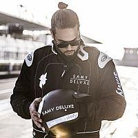 """Video: Samy Deluxe - ?Halt dich gut fest (feat. Die Fantastischen Vier)"""""""