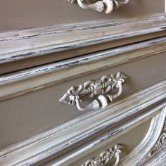 Chalk Paint® brand decorative paint in CoCo and Old White