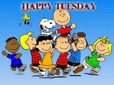 Happy Monday With Peanuts Gang Holding Charlie Brown and Snoopy On Their Shoulders With Woodstock Flying Nearby Snoopy Love, Snoopy E Woodstock, Charlie Brown Snoopy, Peanuts Gang, Peanuts Cartoon, Peanuts Movie, Happy Tuesday Morning, Good Morning Happy, Happy Monday