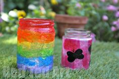 Summer Lanterns Rainbow - Super simple to make - create these wonderful luminaries with kids of all ages - all you need is some old jam jars (aka mason jars), upcycled tissue paper and glue. The kids love them and they are oh so pretty! Tissue Paper Crafts, Paper Crafts For Kids, Easy Crafts For Kids, Toddler Crafts, Fun Crafts, Art For Kids, Summer Crafts For Toddlers, Fun Summer Activities, Jam Jar Crafts