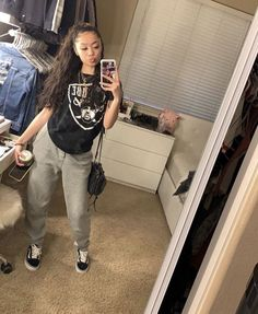 Best Picture For chill outfits frauen For Your Taste You are looking for something, and it is going Cute Lazy Outfits, Tomboy Outfits, Chill Outfits, Teenage Outfits, Dope Outfits, Swag Outfits, Trendy Outfits, Fashion Outfits, Lazy Day Outfits For School