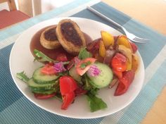 DIY seitan roll stuffed with vegetables