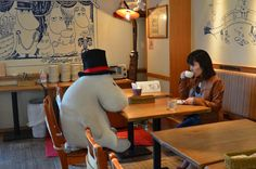 An 'Anti-Forever Alone' Café That Loans You Stuffed Animal Companions