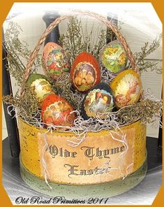 Pattern by Primitive Olde Thyme.. these are so good for the easter season...