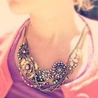 Make a statement #necklace #flowers #candigardenparty