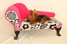 PETSY DECOR - chaise lounge dog bed! :)