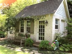 Charming 16 small cottage house exterior ideas