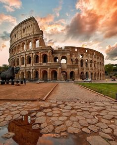 """2,768 Likes, 23 Comments - 🇮🇹 Italian Flavors & Places 🇮🇹 (@italianlandscapes) on Instagram: """"Have you ever see Rome?Click our Link in Bio and organize your Italian holiday with us 😁 🇮🇹 Photo…"""""""