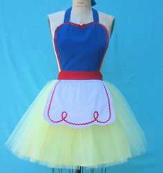 Disney Princess aprons.... I will take all of them please!