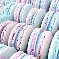 Saturday's are for Cotton Candy Macaron Magic photo by @jennaraecakes