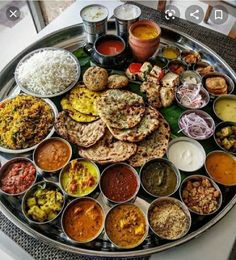 Indian Food Recipes, Vegetarian Recipes, Cooking Recipes, Healthy Recipes, Healthy Food, Vegetarian Breakfast, Dinner Healthy, Party Food Platters, Good Food
