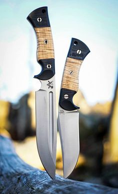 Custom, handmade knives from Colorado by Peter Kohler. Hand crafted blades designed and hand forged from scratch. Custom made knives and blades.