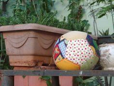 """Patchwork ball for children / Bola infantil """"Rota do Quilt"""""""