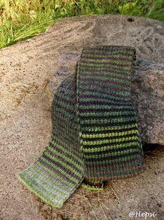 Striped green Puro wool scarf