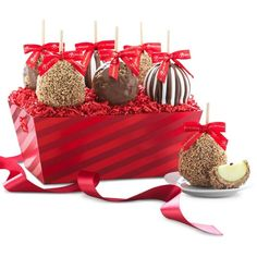Mrs. Prindables Holiday Cheer Candy Apple Gift Tray (96 CAD) ❤ liked on Polyvore featuring home, kitchen & dining, serveware, holiday serveware, candy centerpieces and holiday centerpieces