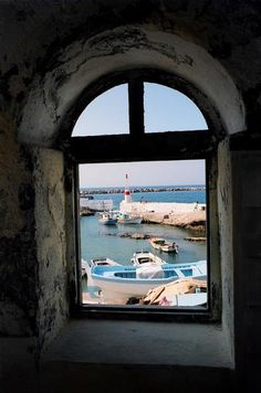 pin by maisons du bout du monde on grece dodcanse lle aux chvres pinterest