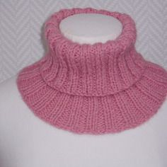 Snood, col roulé rose en laine tricoté main