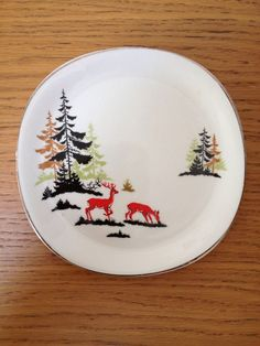 Alfred Meakin Magic Forest Tea Plate Red Stag Christmas Dishes, Christmas Deer, Vintage Christmas, Vintage Plates, Vintage Ceramic, Vintage Kitchen, Alfred Meakin, Magic Forest, Dinner Ware
