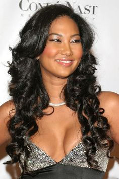 Kimora Lee Simmons Long Curls - Kimora Lee looked super chic in her glamorous dress. She paired her look with cascading curls. Lazy Day Hairstyles, Cool Hairstyles, Beautiful Long Hair, Beautiful Asian Women, Curl Styles, Long Hair Styles, Curls Rock, Kimora Lee Simmons, Long Curls
