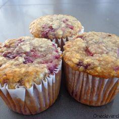 Raspberry Oatmeal Muffins With Greek Yogurt | onecleverchef.com | oatmeal, egg, almond milk, honey, vanilla greek yogurt, vanilla extract