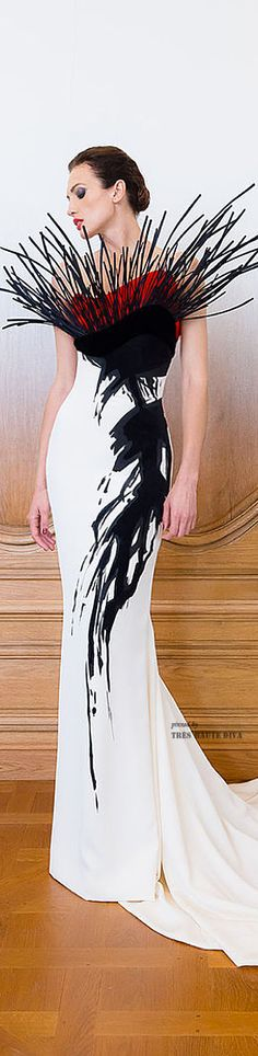 Um...nooooo.  What's up with the artistic broomstick?! Fail.  Stephane Rolland HC